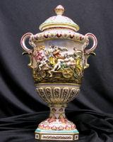 Capo di Monte Italian porcelain Vase