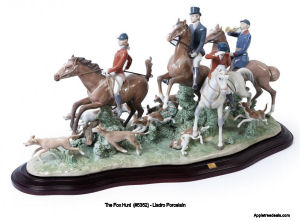 The Fox Hunt (5263) Lladro Figurines
